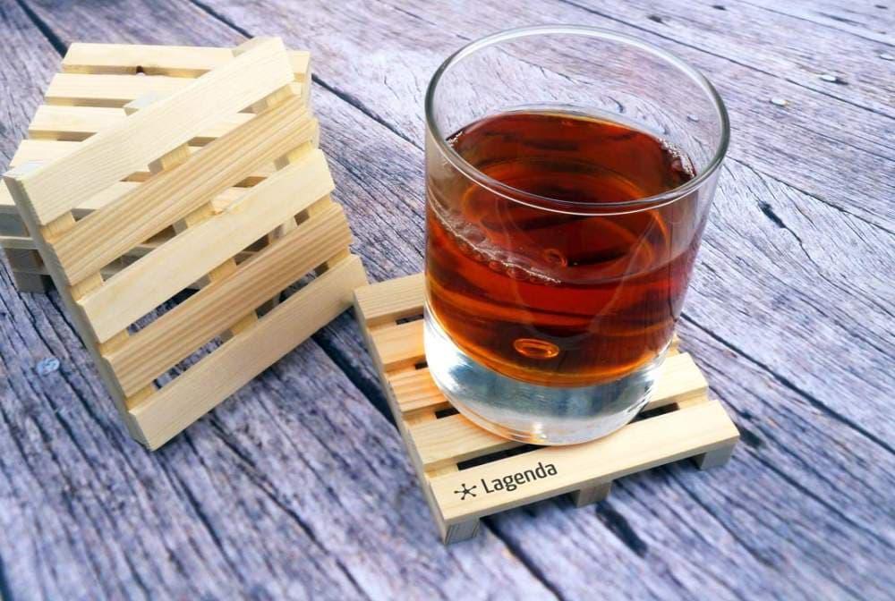 деревянная подставка под стакан